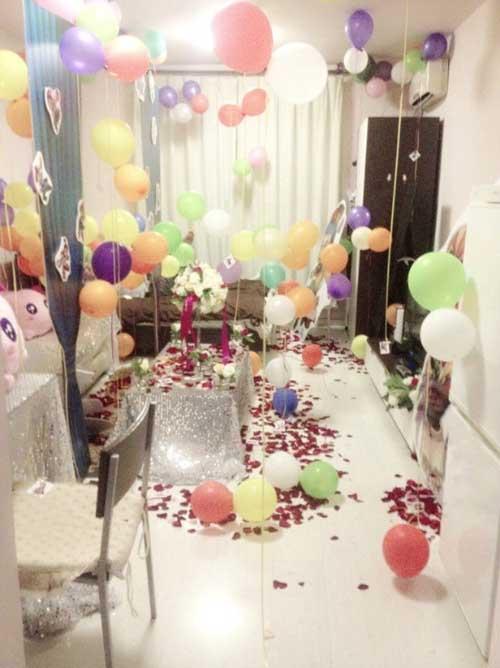 惊喜房间布置图片_萌妹子给男友的梦幻主题生日party图片