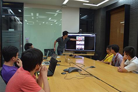 中韩团队讨论本地化细节